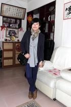 brown scarf - gray AVEC homme t-shirt - blue McQueen blazer - black purse - blue