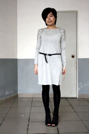 silver H&M dress - black belt - black leggings - black Katie Judith shoes