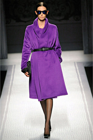 deep purple Alberta Ferretti coat