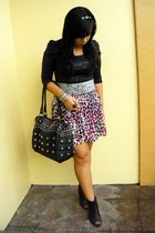 black Tomato top - gray People are People belt - white factory outlet skirt - bl