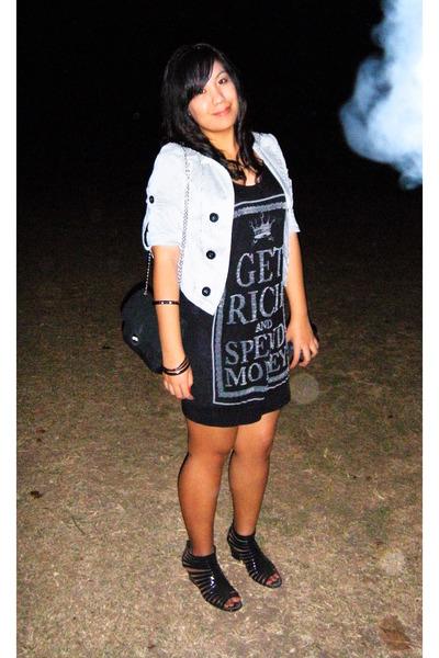 b2ec1d95d white thrifted blazer - black Mango top - black divisoria shoes - black  thrifted
