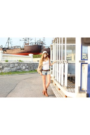 sky blue Bershka jeans - brown Coolway shoes - white Primark hat