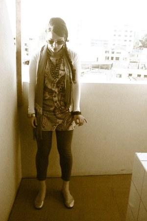 vintage scarf - Basement dress - flats - cardigan