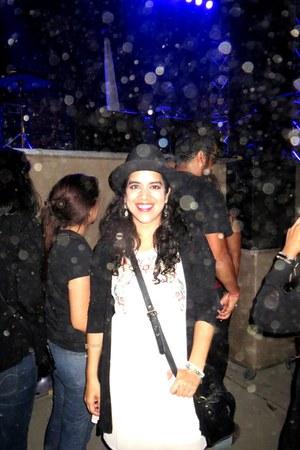 Forever 21 dress - Forever 21 hat