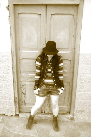 top - suede boots - vintage hat - vintage shorts - old vest