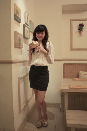 white blouse - gray dolcevita skirt - white Charles & Keith shoes - gold random