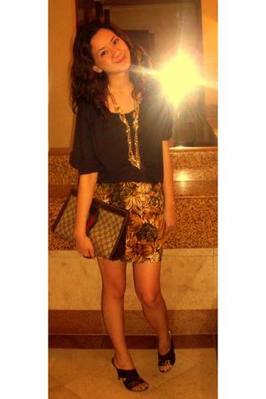 vintage blouse - Jaciendera skirt - shoes - Gucci purse - vintage necklace