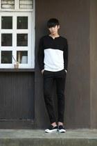 black Aboki top