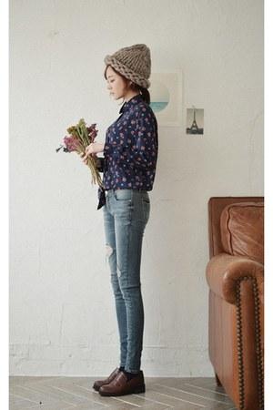 navy floral print GOROKE blouse