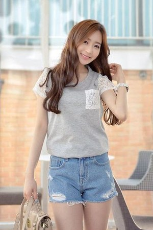 gray click t-shirt