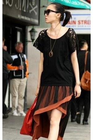 SOHO Central skirt