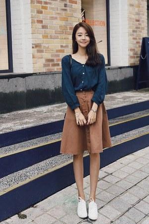 brown Jellpe skirt