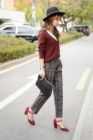 charcoal gray pants
