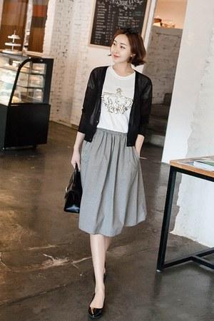 black JOAMOM skirt
