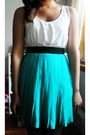 Cream-lace-shoulder-old-navy-top-turquoise-blue-chiffon-forever-21-skirt