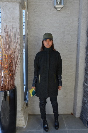 forest green wool Vince Camuto coat - black coated calvin klein jeans