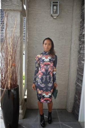 gray Zara dress