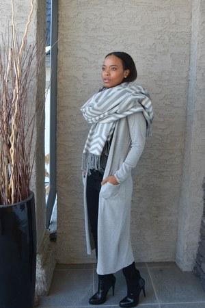 silver Max Studio scarf - black denim Zara jeans