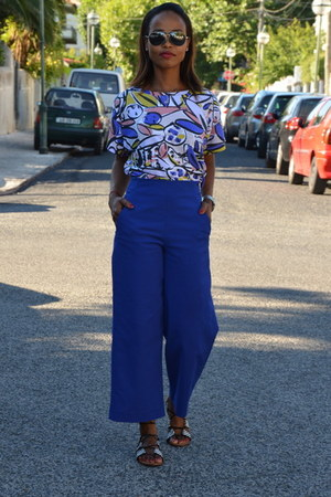 blue Zara pants - white Zara top