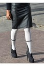 White-legwear-loft-tights-black-leather-forever-21-skirt