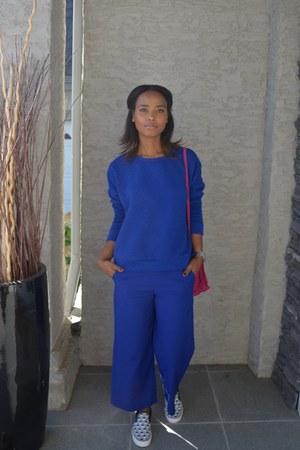 hot pink suede Zara bag - blue quilted Forever 21 jumper - blue Zara pants