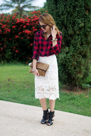 white crochet Sheinside skirt - black celena Schutz shoes