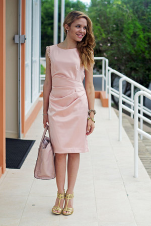 light pink Vince Camuto dress - peach JustFab bag - gold Dolce Vita heels