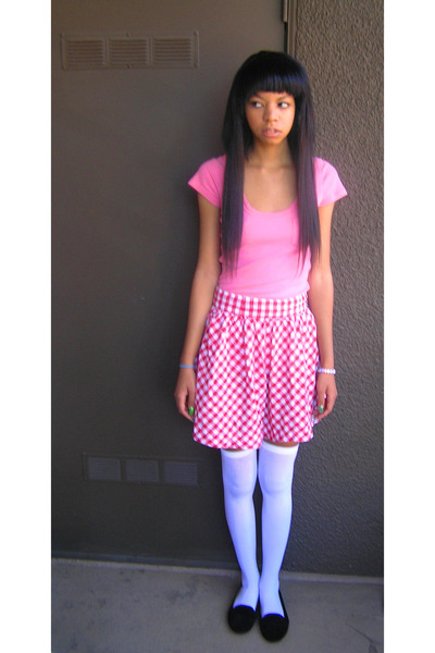 red Forever 21 skirt - bubble gum hollister shirt