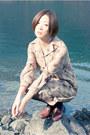 Dark-brown-vintage-coat-mustard-vintage-dress-brown-vintage-shoes