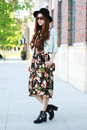 black floral midi nastygal dress - black booties Topshop boots