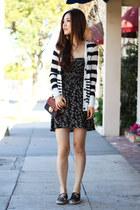 black floral print Morphologie dress - white stripe poof cardigan