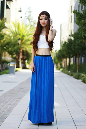 blue maxi Topshop skirt - white cropped foreign exchange top