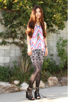 white prints Karmaloop top - gray Fashion Q leggings - black chunky Aldo heels