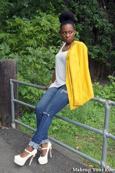 gold H&M blazer - blue jeans - ivory H&M shirt - ivory heels