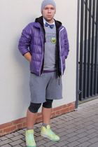 H&M t-shirt - DIY shorts - nike shoes - Uniqlo jacket