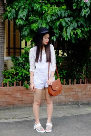 white House of Eva jumper - black romwe hat - brown Abby Jocson bag