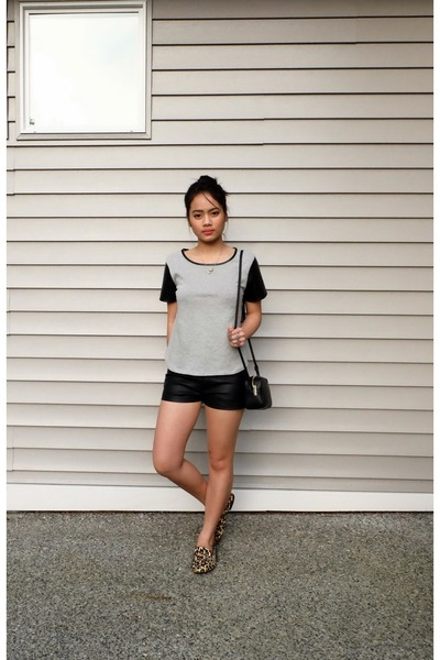 black leather bag H&M bag - black leather shorts Forever 21 shorts