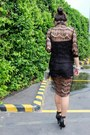 Clear-clutch-tonic-bag-black-pinkaholic-shorts-black-forever-21-heels