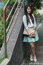 Beige-wagw-bag-wagw-cardigan-bubbles-skirt-white-bayo-top
