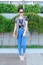 high rise BDG jeans - sequin clutch Vogueblvd bag - Aldo wedges