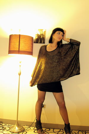 gold H&M top - black Bamboo shoes - black Zara dress - black H&M tights