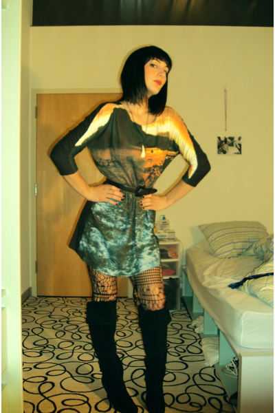 H&M dress - H&M tights - restricted boots - vintage belt