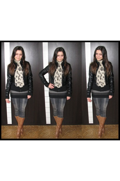 tawny thrifted cowboy boots - black faux leather New Yorker jacket - black long