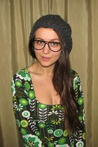 green thrifted floral dress - charcoal gray beret Colloseum hat