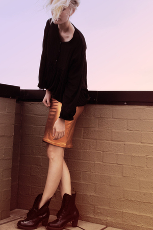 orange aa skirt - black stylestalker shirt