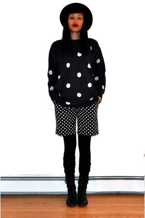 black nike leggings - black combat unknown brand boots - polka dots JCrew shorts