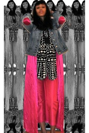 pink silk Fantasies jacket - b-w pattern uknown blouse