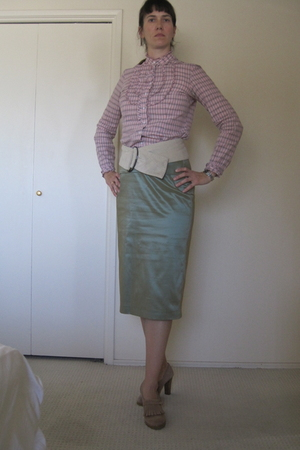 beige Daniblack shoes - green St Emile skirt - pink Tommy Hilfiger blouse - beig