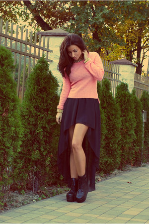 black new look skirt - salmon H&M jumper - gold SOliver necklace