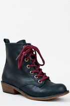 Dirty-laundry-boots